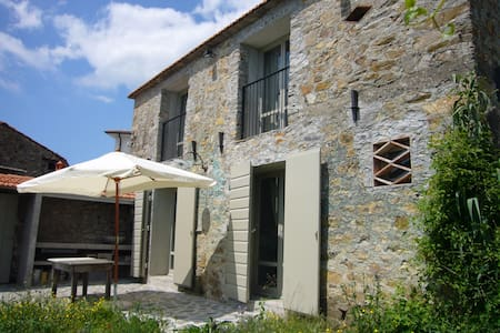 Cottage Magliano  Wi-Fi Lunigiana - Magliano - Blockhütte