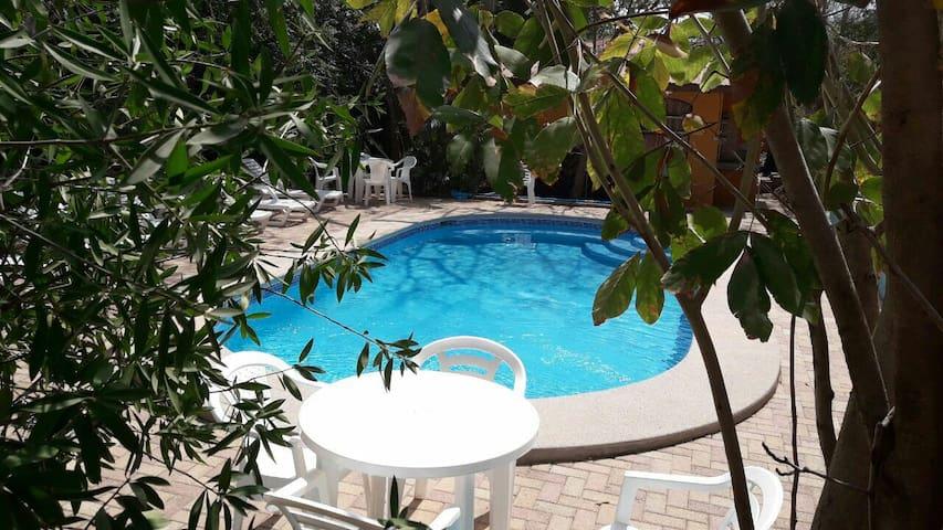 Cabinas Equipadas Playa Avellanas - 27 de Abril - Apartment