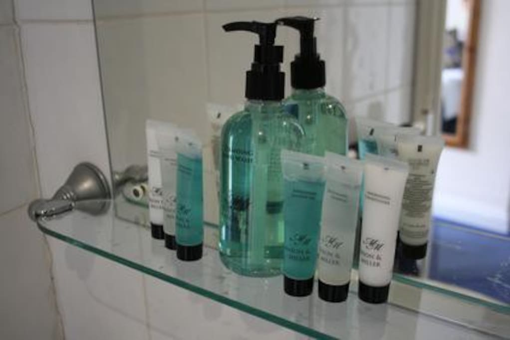 Complimentary toiletries provided