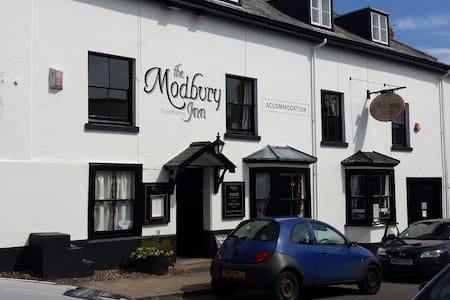 Pub with rooms, B&B, near beaches - Modbury - Гестхаус
