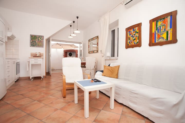 Architect's Apartment in Heart of OldTown Rovinj