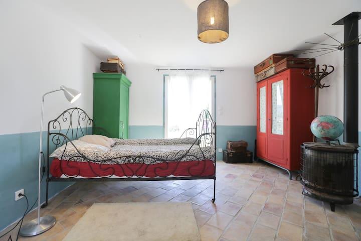 chambre face au Luberon - Bonnieux - Ev