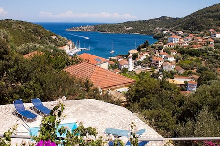 Peaceful Koukla Ionian Island Villa - Kioni - Villa