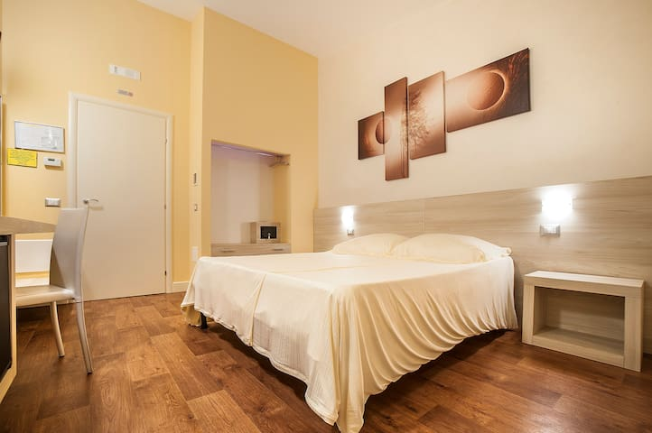 Graziosa Camera in GuestHouse - Basilicata - Lagopesole - Bed & Breakfast