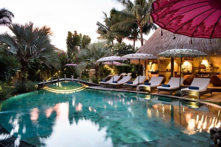 Luxury 1 bedroom suite- Oasis Escape Seminyak