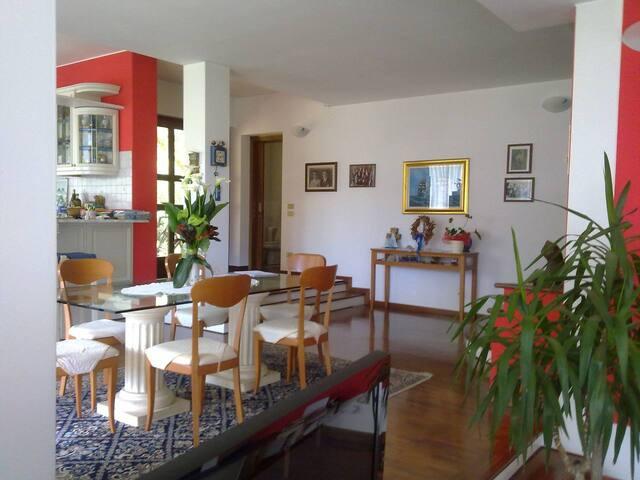 Stanza in Villetta-Dolomiti-Venezia-Palladio