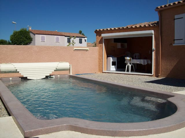 AGREABLE VILLA 6 PERSONNES, Avec Piscine Privative - Canet - Haus