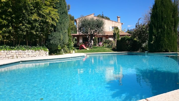 superb provencal villa with pool