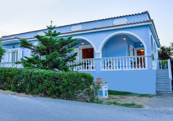 Vicky's Village private House