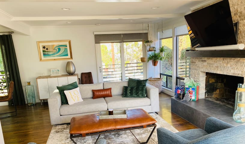 Your Home Away From Home in Manhattan Beach!