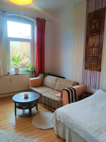 Gemütliches, helles Zimmer zentral in Linden