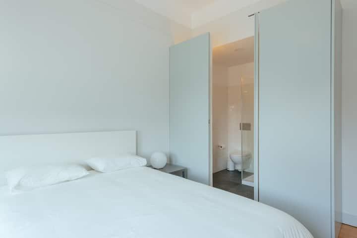 Baixa24 - Downtown Bliss Double Bed Sunny Room 4