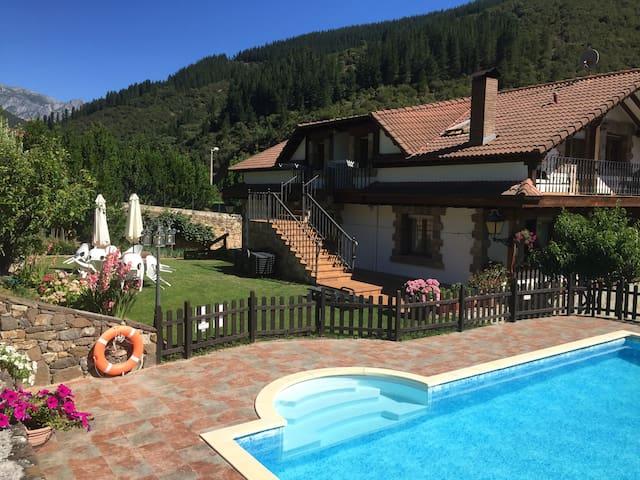 Vivienda Rural Valverde en Picos de Europa - Potes
