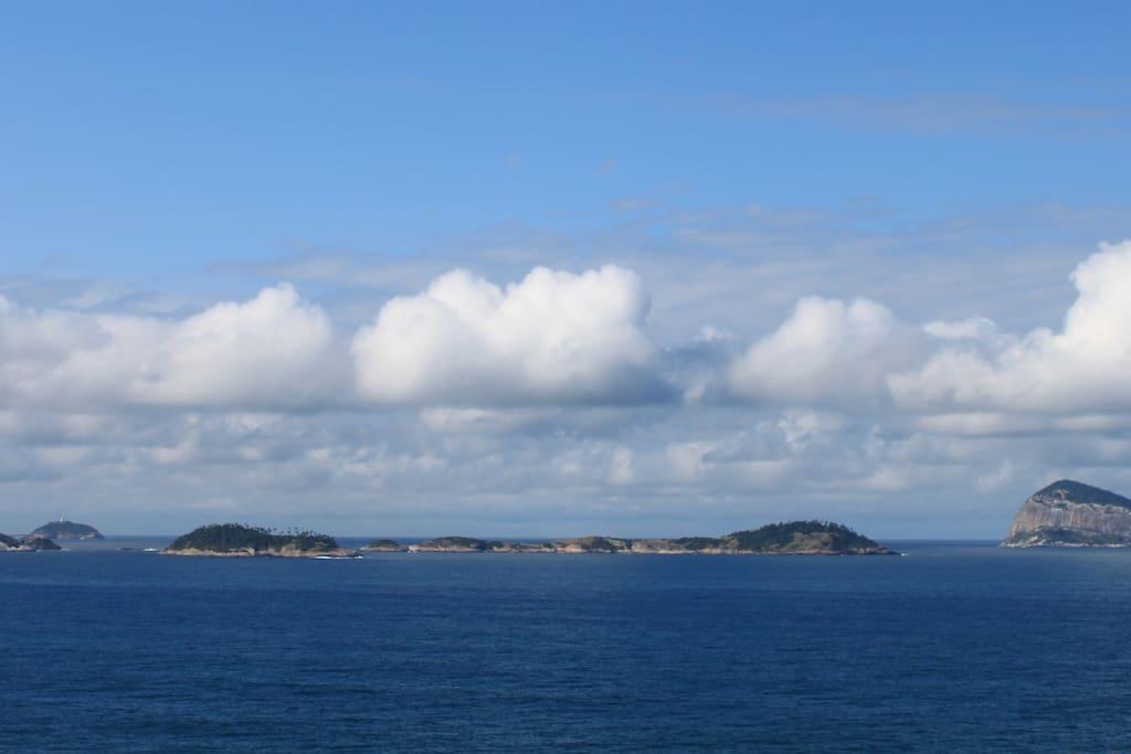 Ilhas Cagarras,vista da varanda.