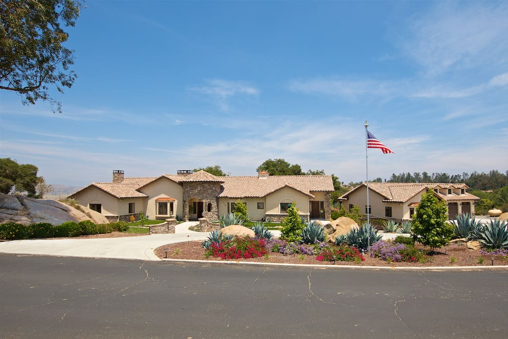 Boulder View Estate Beaches Golf Houses For Rent In