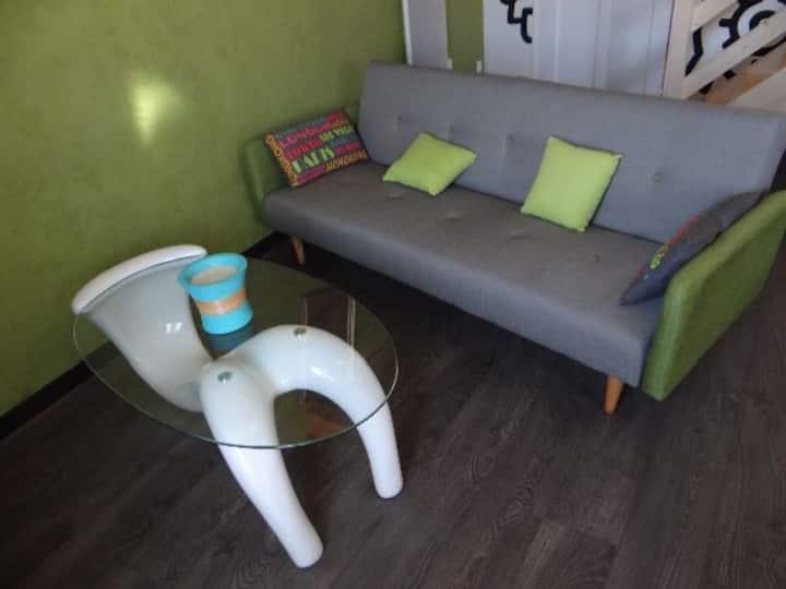 Appart 40 m2 centre ville de Saujon 2 ème étage 2*