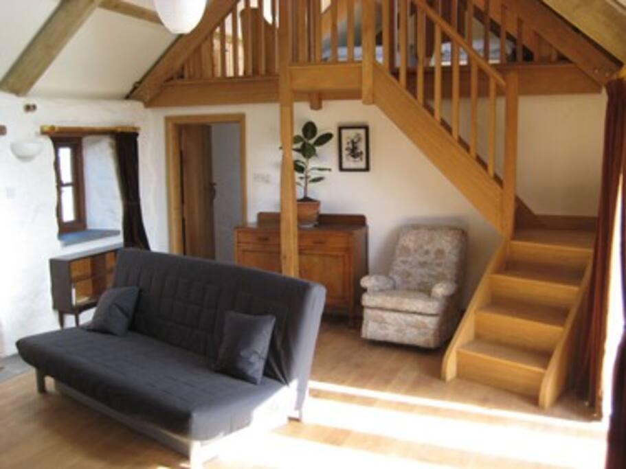 Large woodturner, underfloor heating and oak floors