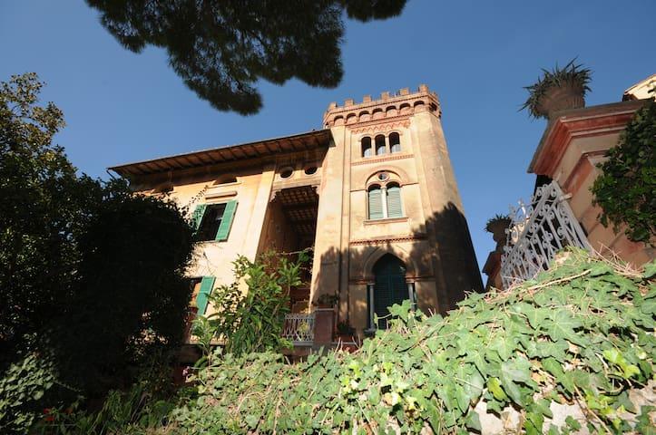 Villa di fine '800 in Toscana (Pi) - Pisa, calci, Montemagno - Villa