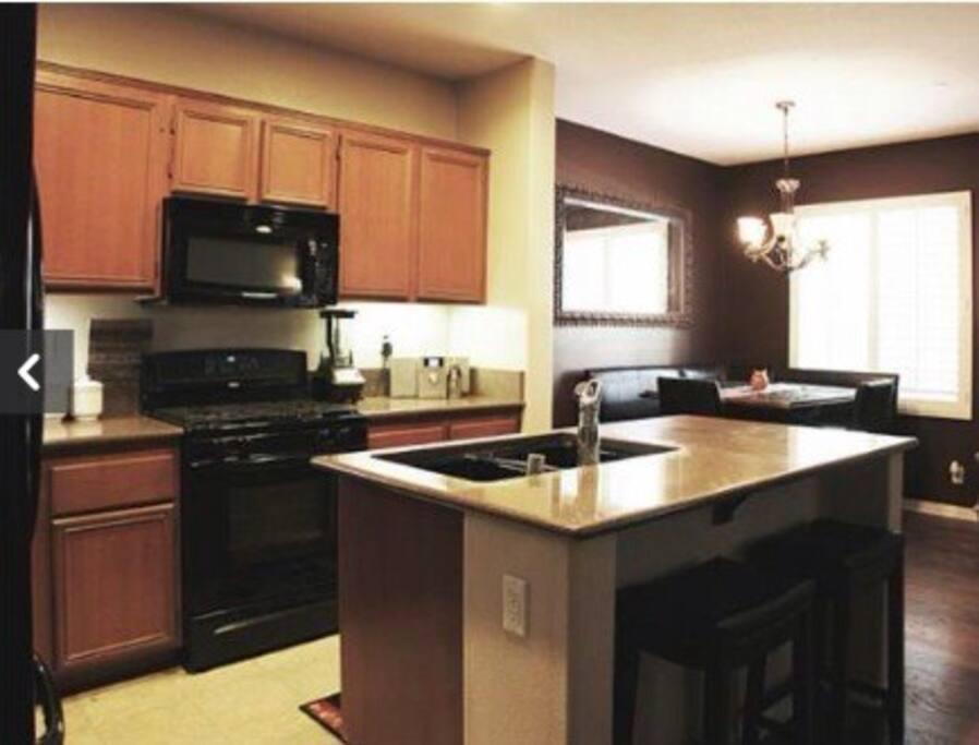 Kitchen-with New Dishwasher