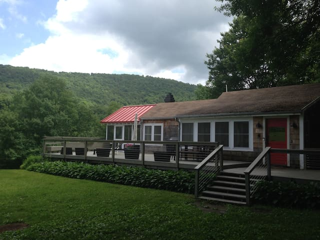Beautiful Catskills Getaway - Margaretville - Casa