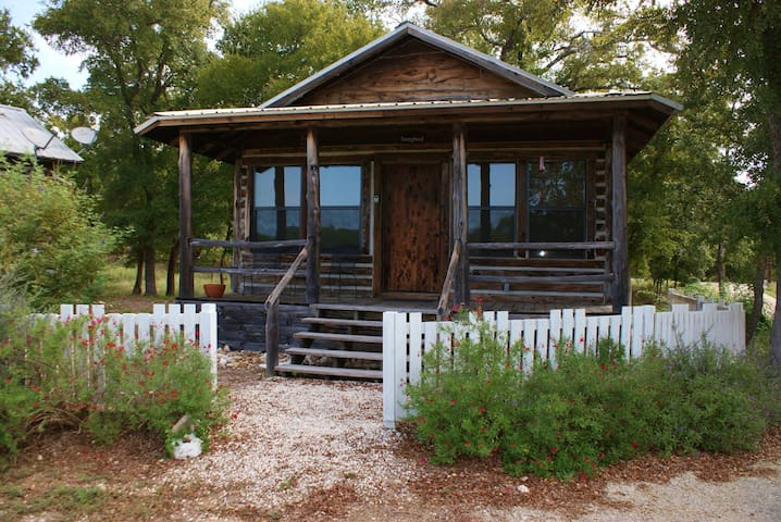 Cabin in Texas Hill Country with Wedding Venue - Georgetown