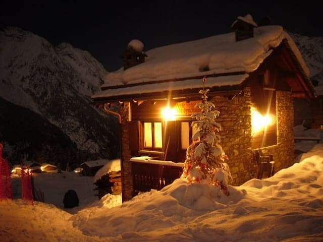"Baita Chalet  in Valtellina  ""Beata Solitudo"" - Barchi - Cottage"