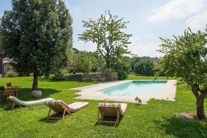 Exclusive villa with swimming pool in the Piacenza hills for 8 people