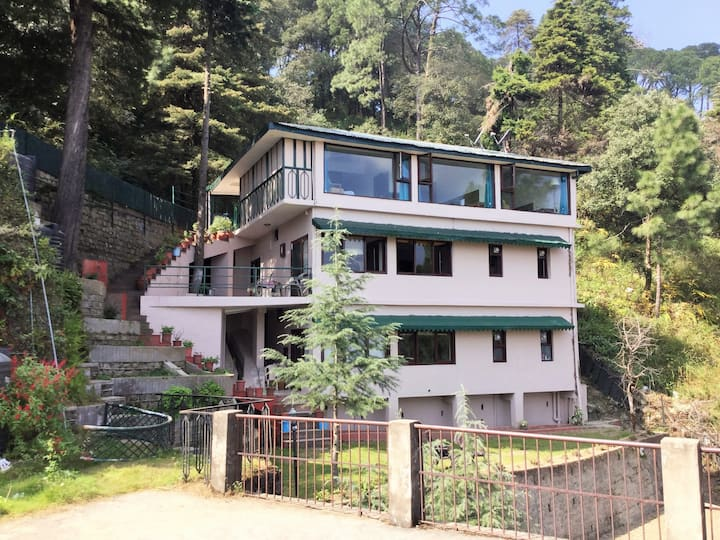 FOREST HOLIDAY HOME AT KASAULI HILLS