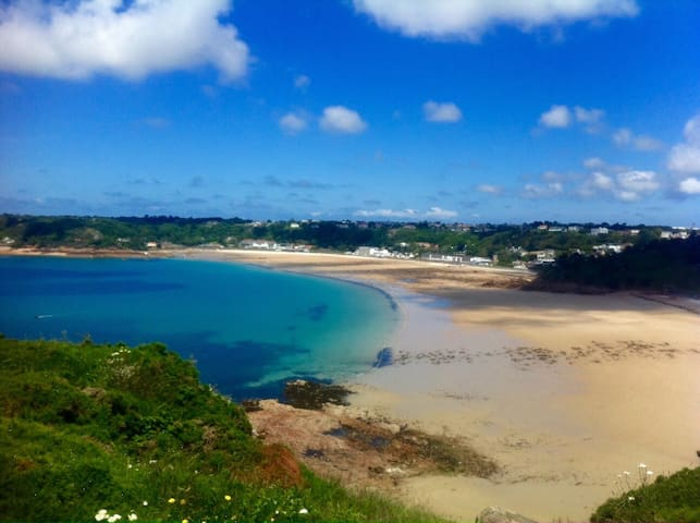 Beautiful room in St Brelades Bay! - Saint Brelade