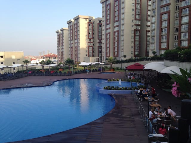 Family home in a lovely environment - Istanbul - Bed & Breakfast