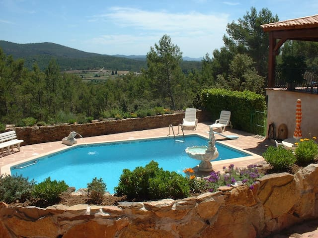 Rez-de villa 80 m² & piscine 90m² - Carnoules - Huoneisto