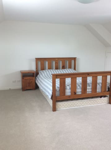Spacious double room in Botany Bay - Botany