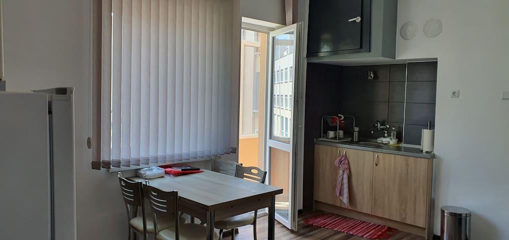 Чаровен апартамен в сърцето на Бургас
