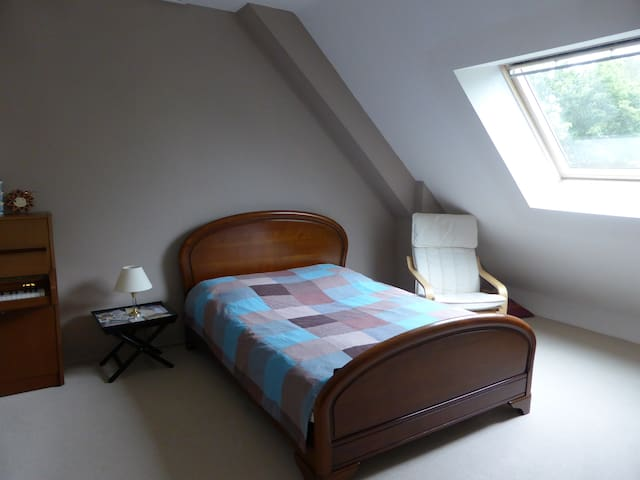 Chambre proche Rennes - Acigné - Hus