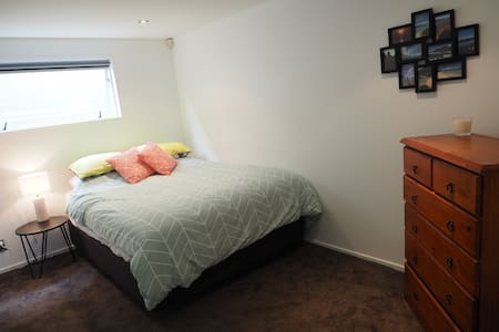 Beautiful double room in Ponsonby, Auckland - Auckland