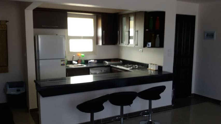Shrouk City , 2 bedroom flat - El Shorouk City - Apartemen