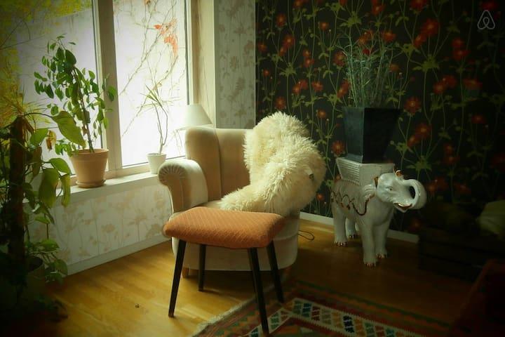 Spacious house with garden - Huddinge - Casa