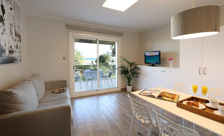 Apartamento en 1ª línea en Castelldefels Playa