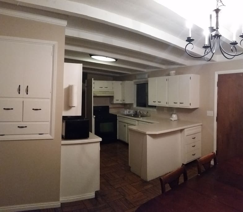 dining rm-kitchen