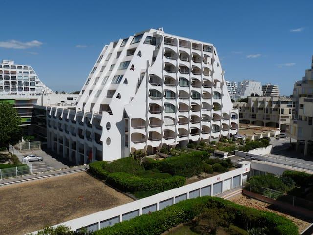 Studio centre-ville plage et port - La Grande-Motte - Apartemen