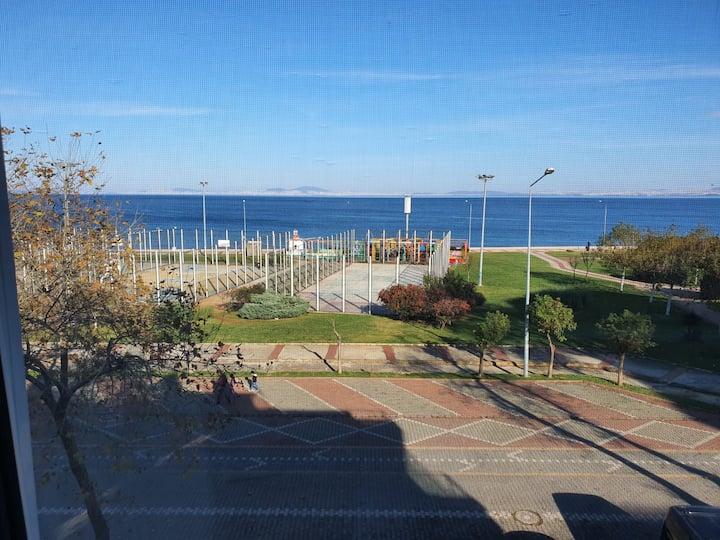 Yalova center fatih caddesi fully sea view