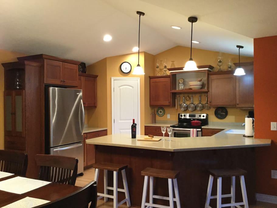 Kitchen, electric stove, dishwasher