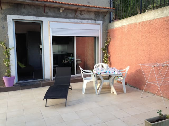 Apartment with view and terrace - Aspremont - Villa