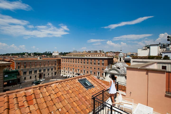 Luxury Penthouse the Rome's Heart 2