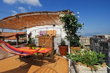3room   Cool Attic just step from heart of Naples