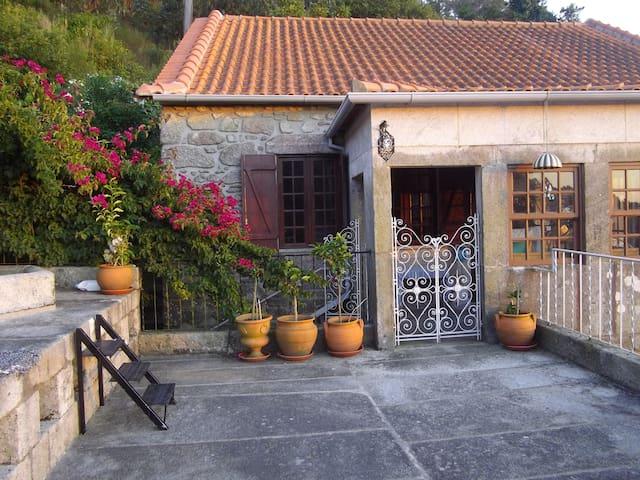 Moulin à eau dominant l'océan - Marinhas Esposende - Dom
