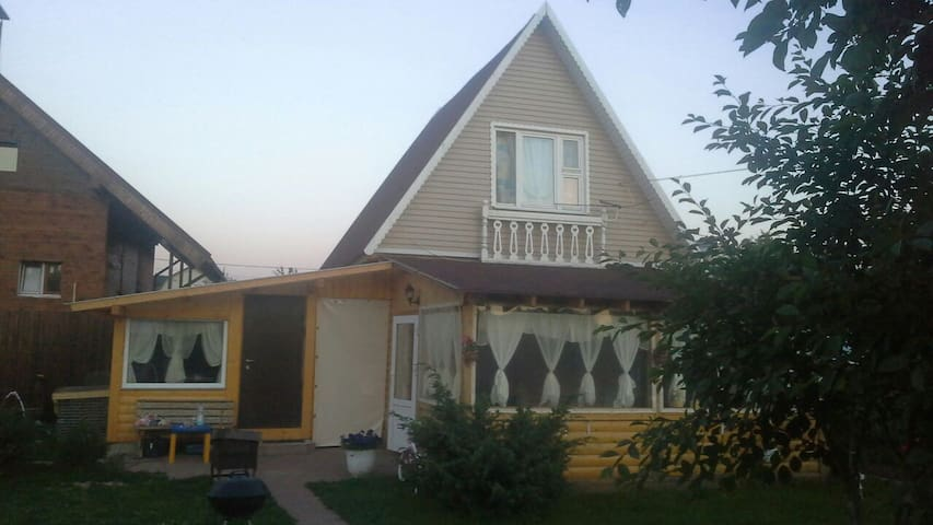 authentic moscow Dacha - Истомиха - Bed & Breakfast