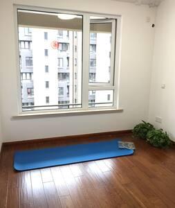 全新小居室 短期出租哦 - 上海 - アパート