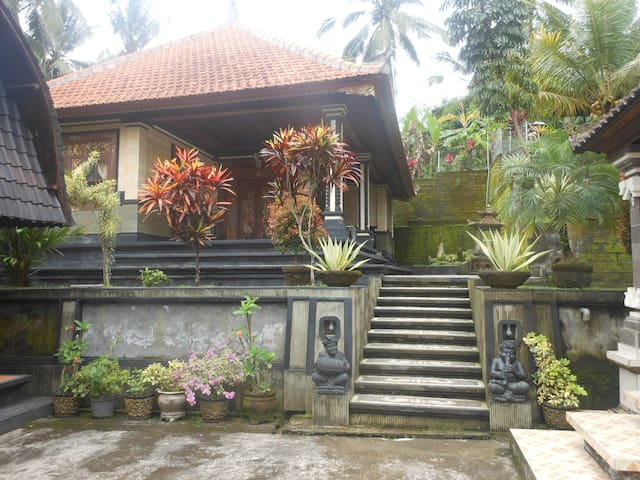 Coco Homestay @ Balitrees Retreats