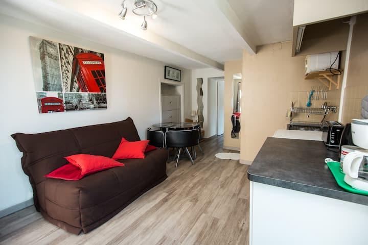 Appartement indépendant au calme avec terrasse